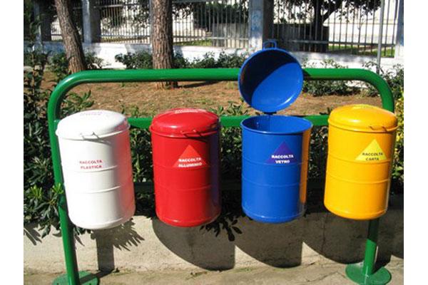 Ceccano differenziata il comune sapeva che non ci - Porta spazzatura differenziata ...