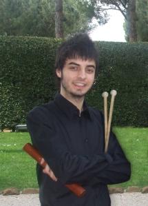 Francesco con bacchette