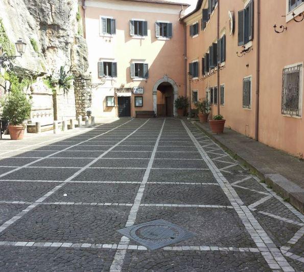 piazza vuota